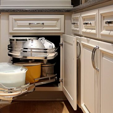 Organization Options for Cabinets and Drawers